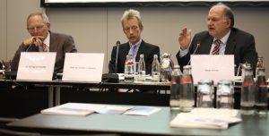 Innenminister und Bundesdatenschutzbeauftragter im Diskurs